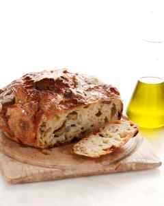 olive-cheese-loaf-mblb2007_vert